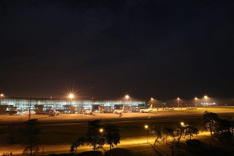 Aeroplane Klia Kuala Lumpur Light Airport Big Window Down Light Night Parking Terminal
