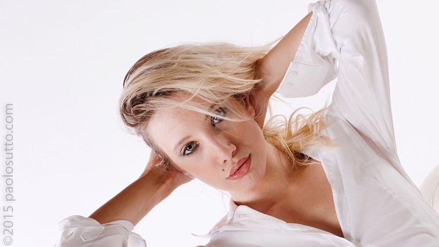 Mia Studio Woman EyeEm Best Shots Hot Model Bestoftheday Girl Hot Day Portrait Eyes
