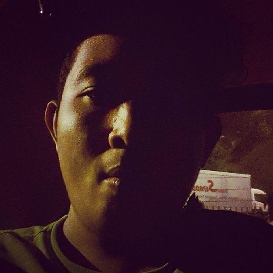 Otw back to Kajang from Kampung.. Second pitstop.... Pishang Alone