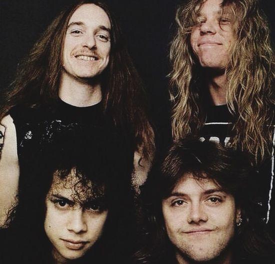 Ilovethisband Trashmetal Metallica JamesHetfield Larsulrich CliffBurton Kirkhammett GreatBand Goodmusic 😍😌😊