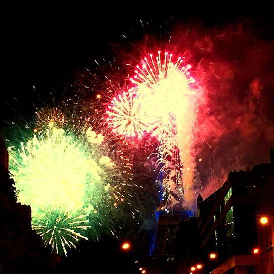 France Paris Fireworks Natiol Day 14juillet2016
