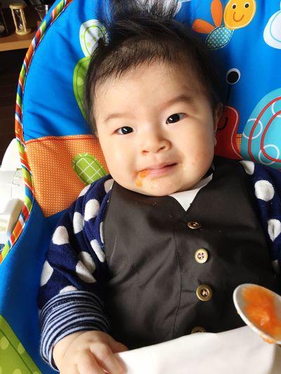1月頭から離乳食始めてます🍴👶🏻よく食べるよく食べる✨たくさん食べて成長してね❤️ Babyfood Babyboy Baby Boy Innocence Riceporridge Carrots Much Eat Eating