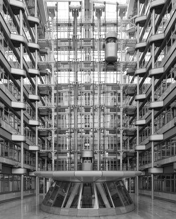 Blackandwhite Architecture Architecture_bw Berlin Skrwt Doyouskrwt Symmetrical Straightfacade Showcase: January