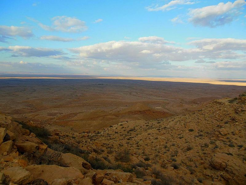 Desert from the top of a Cliff . South Tunisia . Tranquil Scene Sky Tranquility Scenics Nature Beauty In Nature Cloud - Sky Cloud Cloudy Outdoors Remote Day Blue Physical Geography Horizon Over Land No People Arid Climate Desert Beauty First Eyem Photo Adventure