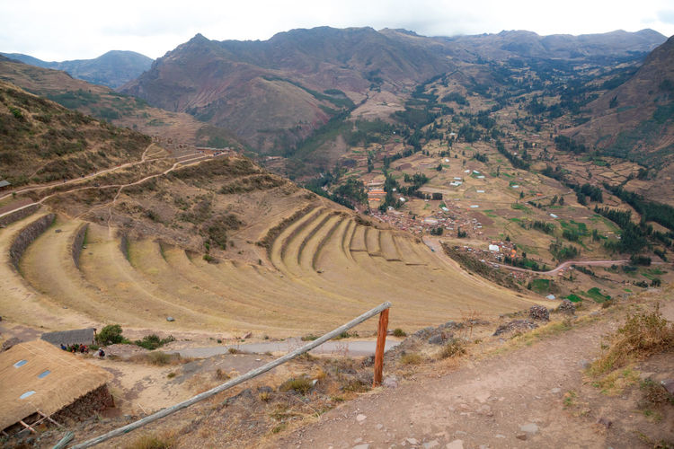 Pisac Perú Terrazas Agriculture Ruinas Mountain Scenics - Nature Environment Landscape Tranquil Scene Tranquility Mountain Range Beauty In Nature Day No People Non-urban Scene Road Nature High Angle View Land Transportation Outdoors Sky Idyllic Architecture Arid Climate
