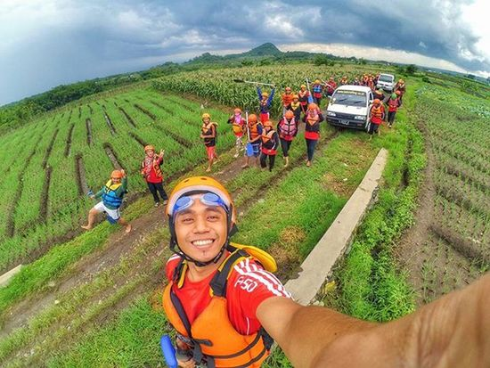Let's go !!! Rafting Landscapephotography Landscape Xiaomiyi_id Xiaomi Yicammalang Yicamera Sky Together Smkn1gedangan Lensakeindahan Natgeo Teacher Happy HDR Captureitall INDONESIA Batumalang Actioncam Plaurista