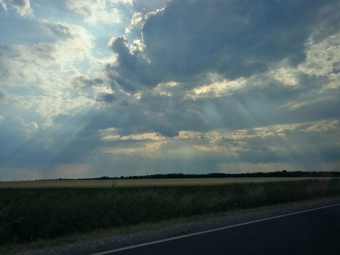Cloud - Sky Landscape Road Sky Beauty In Nature Nature Scenics Leica Cloud Clouds And Sky Huawei Way Highway Light And Shadow Light Lights Sunlight Sunset Sommergefühle