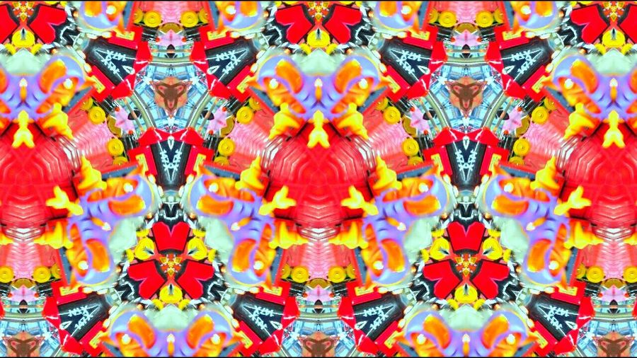 147X Kaleidoscope lot of fun, turn again at 5 !! Colourtrip Abstract