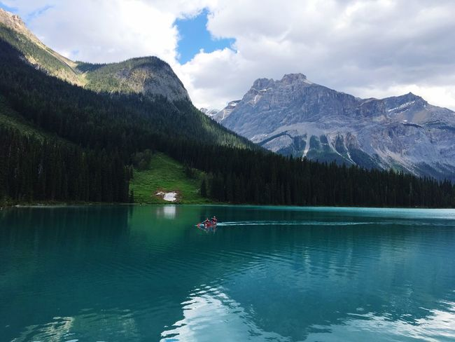 Canada Mountain Water Beauty In Nature Scenics - Nature Lake Mountain Range Tree Tranquility Tranquil Scene Sky Waterfront Nautical Vessel Cloud - Sky Non-urban Scene Plant Nature Day Transportation Idyllic Snowcapped Mountain Travel