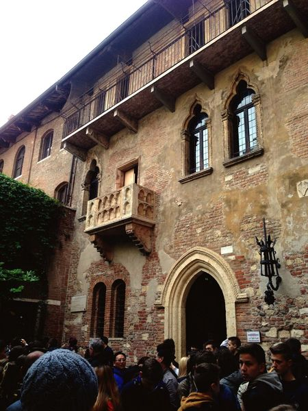 Casa di Giuletta, Verona A Place To Visit The Place I'm Now Visiting Taking Photos Lovely Weather Hello World Check It Out Enjoying The Moment At Verona Italy