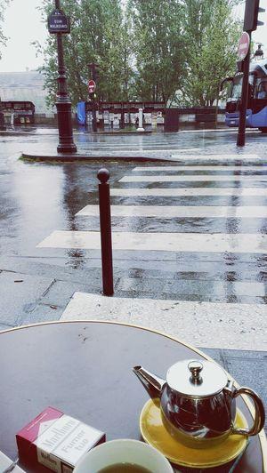 Paris RainyDay Enjoying Life Tea In The Rain