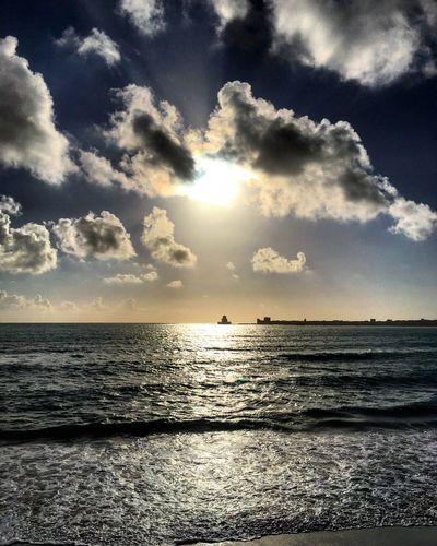 Castle Sunbeams Scenics Beauty In Nature Nature Cloud - Sky Horizon Over Water Idyllic Beach Sunlight