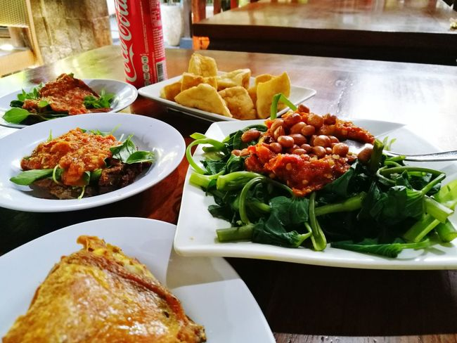 Food And Drink Food Ready-to-eat Freshness Variation Plate Healthy Eating Indoors  Indulgence Close-up Day Ayam Penyet Sambal Spinach Tofu Whatsonmyplate Whatsonmytable Followme Follow4follow POTD