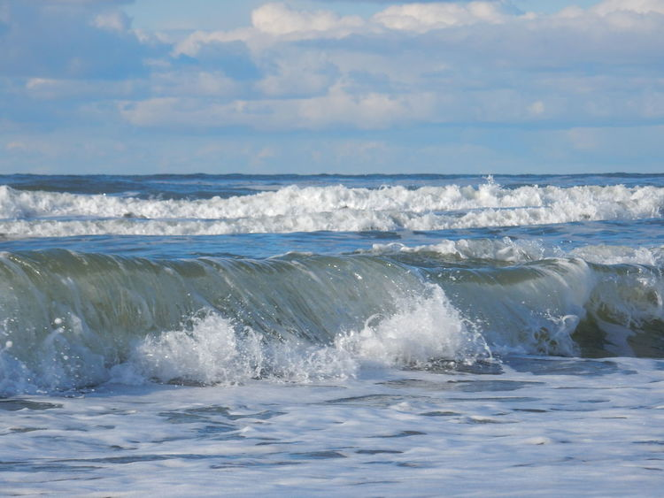 Sea Wave Water Surf Beauty In Nature Nature Scenics Beach Outdoors Day No People Sky Horizon Over Water Texel