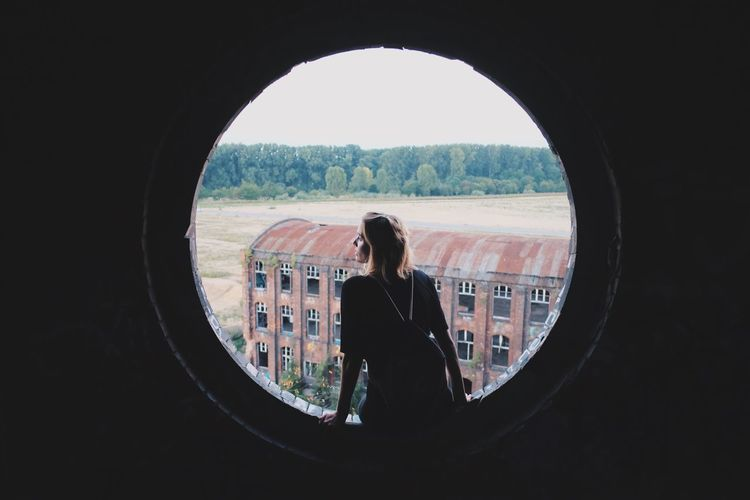 This Girl Shooting Model Architecture Building The Architect - 2017 EyeEm Awards The Portraitist - 2017 EyeEm Awards Your Ticket To Europe