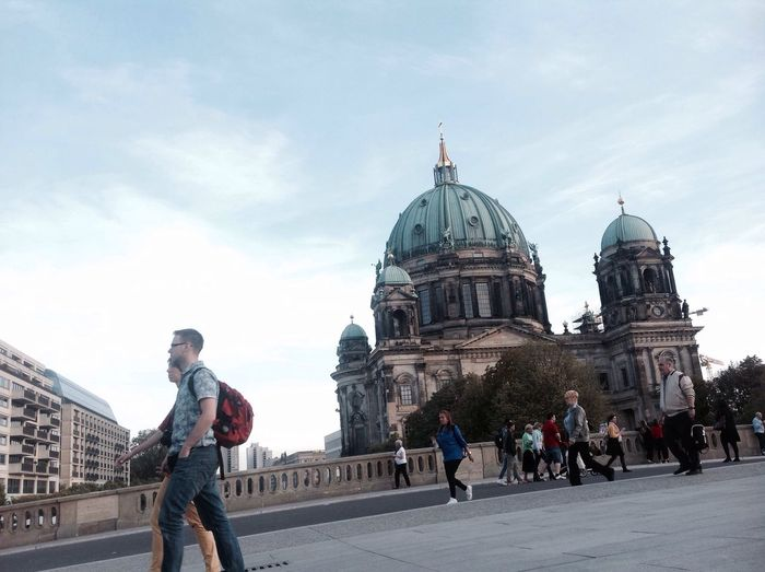 EyeEm Gallery Berlin Mitte Berlin Dome  Berliner Dom Berlin Life Berlin, Germany  Architecture Built Structure People Fototime City Travel Destinations Berlin Photography Igreja Kirche Berlin Dome  Dom Berlin Church Church Architecture People And Places Churches Collection Berlin, Germany