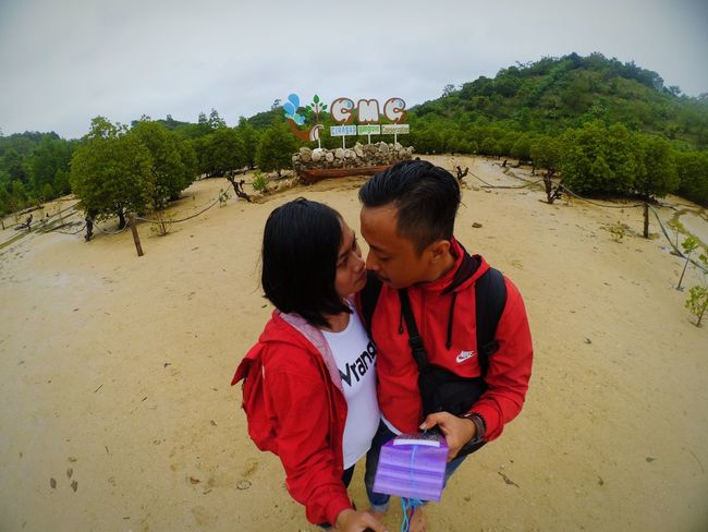Selfiesfordays Bacau Coupleselfie Couplesphotography Outdoor Pictures Eastjava Southbeach Love Mobilephoto Photooftheday Learning Photography Travel Two People Somethinglikethat . . . ssssst . . .