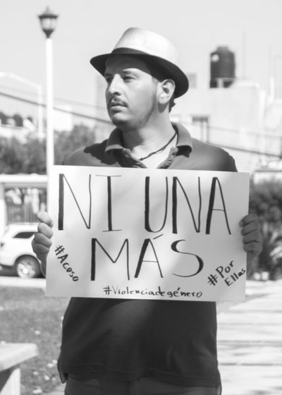 #blackandwhite #Fotosociales #noviolence #people #photography #portrait #streetphotography @blackn Human Rights Person Young Adult