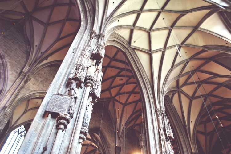 Catholic Church EyeEm Selects Place Of Worship History Arch Architectural Column Religion Ceiling Architecture Built Structure