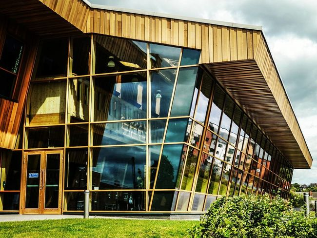 GlaxoSmithKline Carbon Neutral Laboratory 🔬 Architecture Built Structure Building Exterior Window Outdoors Modern No People Day Reflection Reflection_collection Reflections Houses Windows Glass University Campus University Of Nottingham Texture And Surfaces