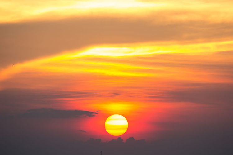 Beautiful Sunset in Bangkok Beauty In Nature Cloud Cloud - Sky Cloudscape Cloudy Dramatic Sky Egg Yolk Sunset Landscape Majestic Moody Sky Nature No People Non-urban Scene Orange Color Outdoors Scenics Sky Sun Sunbeam Sunlight Sunrise Sunrise_sunsets_aroundworld Sunset Tranquil Scene Weather