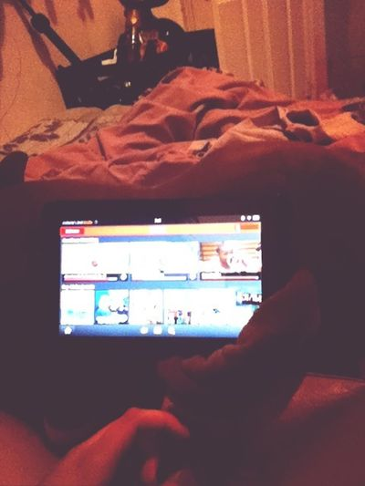 How I watch tv lmaooo