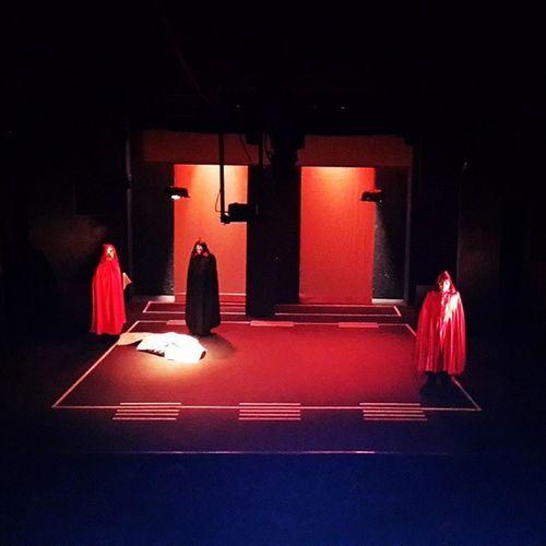 En direct Klem Ellil Zero Virgule de Taoufik Jebali Elteatro Klemellil Anonymous Theater theatre taoufikjebali raoufbenamor zerovirgule