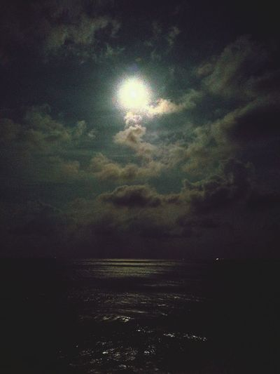 Full moon night and the sea Scenics Cloudy Water No People Cloud - Sky Sea Sea And Road, Sea And Moon Sea And Moonlight