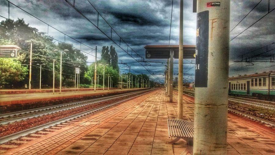 Trainstation Storm Cloudporn