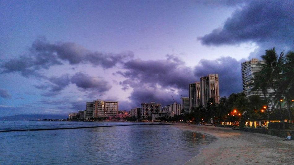 Cityscape City Sunrise Beach Photography Earlymorningview Earlymorning  EyeEm Nature Lover Blue Purple Color Sky EyeEm Gallery Enjoying The Moment EyeEmbestshots Eyem Gallery Aloha Eyeemphotography Healing Powers Of Nature Honolulu, Hawaii Summertime Landscape Photography Earth_Collections Landscapephotography Taking Photos Happy Moments EyeEm Best Shots
