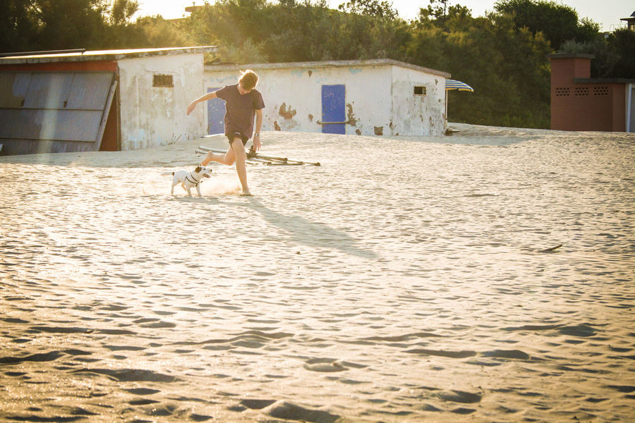 Friendship ❣️ Premium Collection Premium Cervia Italy Cervia Sunlight Full Length Childhood Motion Beach Sand Jumping Summer Digging Activity Sky Friend Streaming Focus On Shadow Shining Creative Space The Traveler - 2018 EyeEm Awards Summer Road Tripping The Great Outdoors - 2018 EyeEm Awards EyeEmNewHere Be Brave