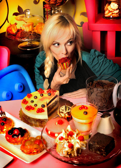 Beautiful People Cakes Edit Photo Multi Colored My Food One Young Woman Only Only Women People Seen Sweet Steel Blond Hair Cookies Diet Diet & Fitness Wonderland Bakery Colors