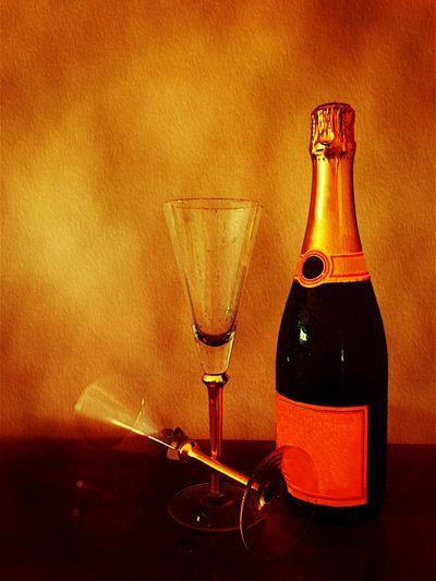 Celebration Celebrating Celebrate Celebrations Champagne Champagne Glasses Champagne Lover Champagne Bottle Champagne Flute Glasses Glasses :) Glasses👌 Flutes Still Life StillLifePhotography Stillife Still Life Photography StillLife Bottle