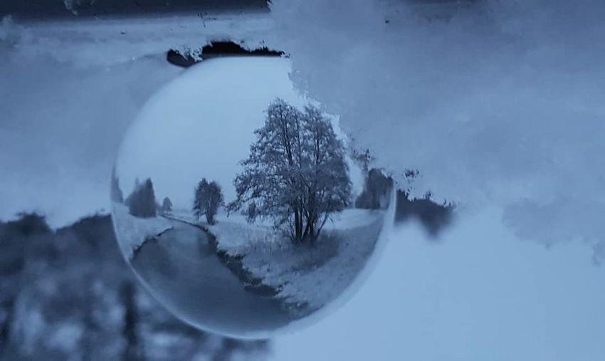 Glaskugelfotografie Glaskugel Glassphere Ballphotography Kugelfoto Winter Wintertime Natureart Naturephotography Naturephoto