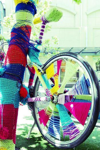 Colourful Bike on the tree using 毛线 Showcase: November