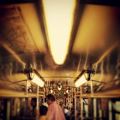 Unterwegs in der U-Bahn.