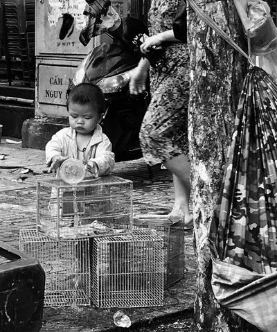 ❤️ Childhood Real People Boys People Standing Child Day Outdoors Adult Streetphotography Street Streetlife Hochiminh City Vietnam
