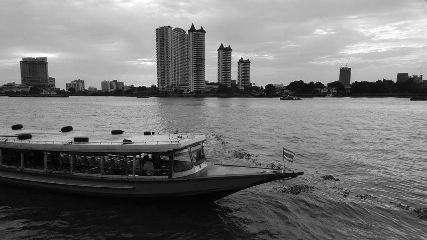 chao phraya river River View The Nature Of Beauty Beauty In Nature Boat City River Life Life Town Landscape Thailand Natural Travel Trip Holiday Art Black & White Old Lifestyles Chao Phaya River