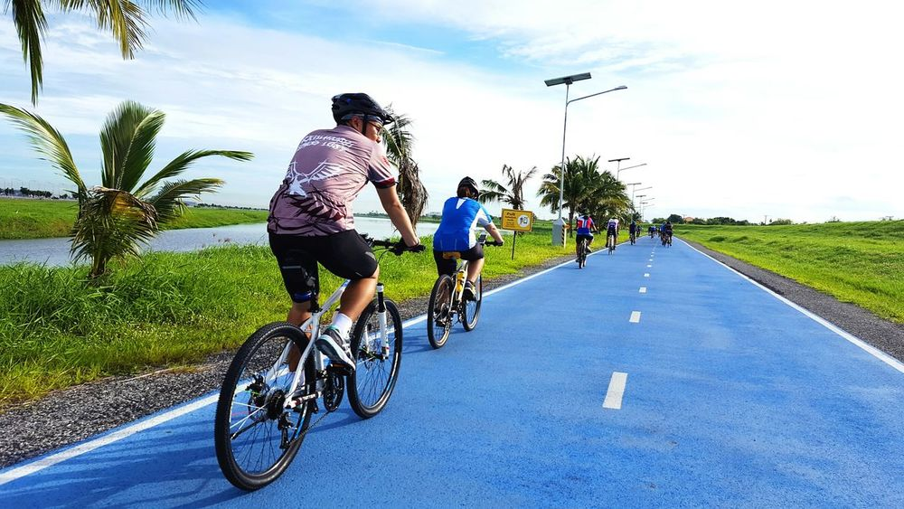 Skylane CyclingUnites Bicycle Cycling Riding People Vacations Day Person Sky Men Skylane