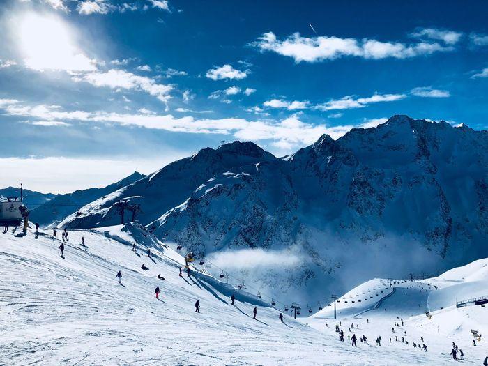 Skiing Blue