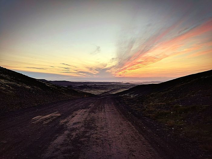 Summer nights in Iceland! Sunset Beutiful Place  Summertime Iceland Reykjanes Geopark Krysuvik Reykjanesbrautin Sunset #sun #clouds #skylovers #sky #nature #beautifulinnature #naturalbeauty #photography #landscape Galaxy Sea Astronomy Power In Nature Horizon Sand Summer Road Tripping EyeEmNewHere