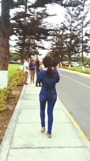 Caminando Walking Cemetery I Love Jeans Blue Jeans Green Sunshine Sunday
