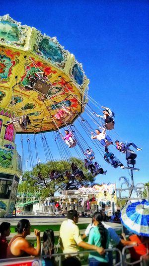 """""""Sillas Voladoras"""" Aguascalientes Mexico Fnsm2016 Feriadesanmarcos Feria"""