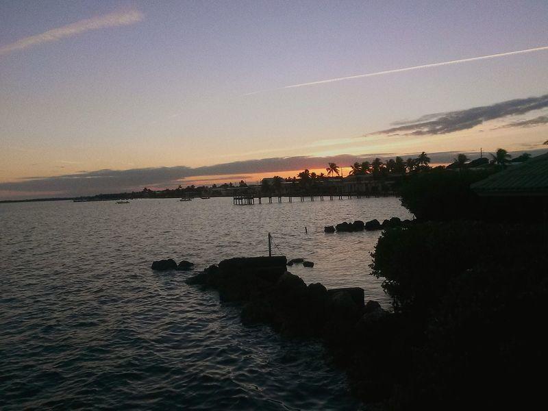 Sunset Key Largo Taking Photos Ocean Sea Small Waves