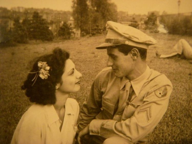 My grandparents deeply in love... Dreamers In Love Blackandwhitephotography Military