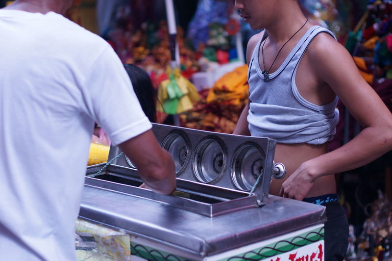 Street Photography Quiapo Manila, Philippines Outdoors ASIA Street Food Market Occupation Real People Selective Focus Ice Cream