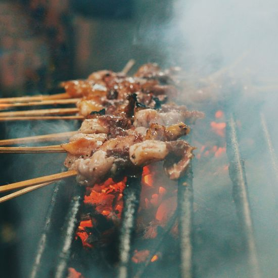 Street x food like this 😂 Outdoors Close-up Day Freshness Foodblogger Foodphotography Foodporn Ready-to-eat Food Sate Satay Sataychicken Street Food Street Food Worldwide EyeEmNewHere Food Stories