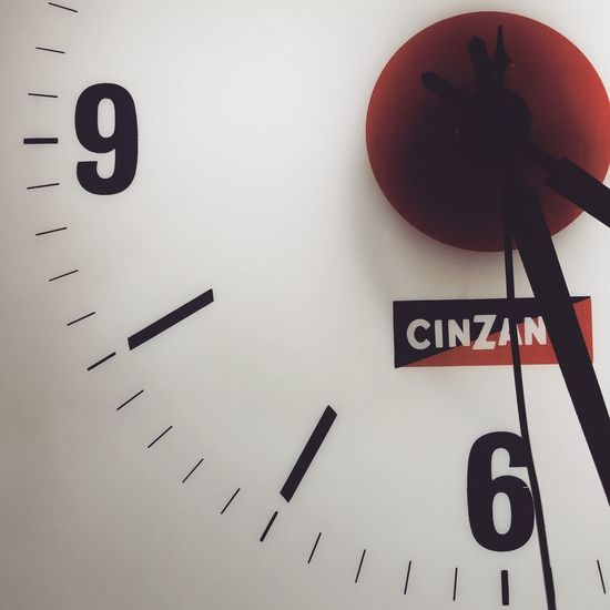 Take your time Relaxing Time Clock CINZANO Old Vintage Oldclock Vintage Clock Tic Tac On The Way Red White Napoli