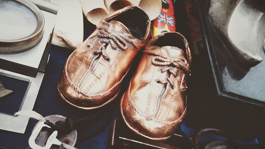 Zapato Nina Niño Cobre Pies Enfoque 📷