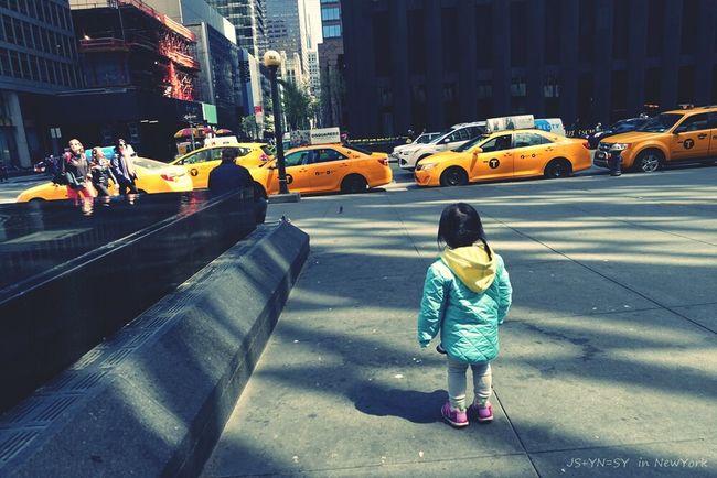 Who am I? Where am I? Where am I going? Hello World New York City New York Texi